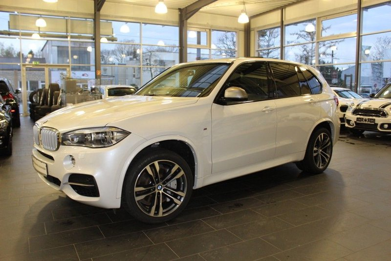bmw x5 m50d sport aut head up navi led rfk ahk 7 sitze. Black Bedroom Furniture Sets. Home Design Ideas